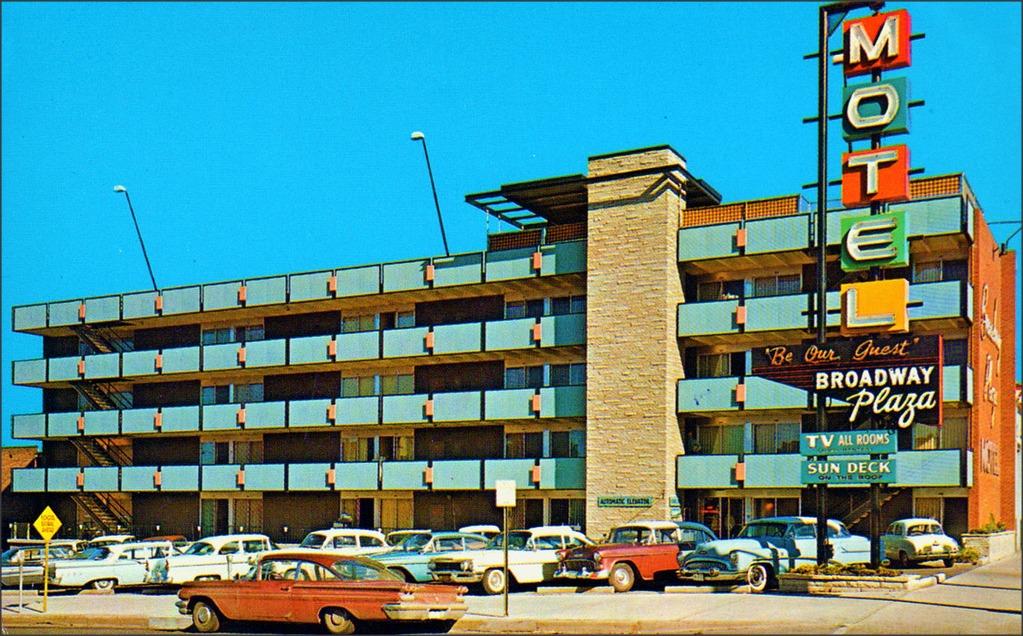 2014-04-10_BroadwayPlazaMotel-1950s