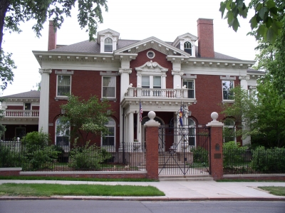 2015-3-26-Governors-Mansion